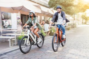 Stromer-ST1-S-two-riders-600x400